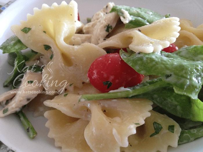 Caesar Chicken, Mozzarella, and Baby Spinach Pasta Salad